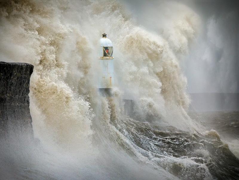 MCPF Ribbon - Between the Crashing Waves - Aleks Gjika DPAGB EFIAP - England