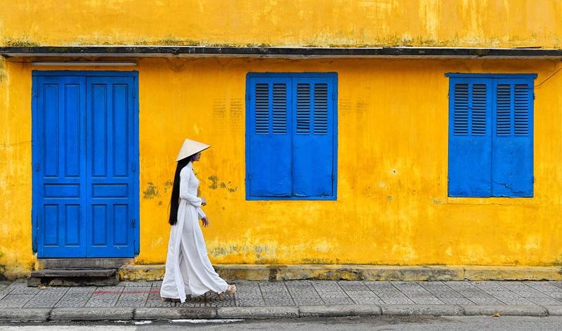 MCPF Ribbon - Viet Blue Windows Yellow Wall - Lee Eng Tan PPSA AFIAP MPSA - Singapore