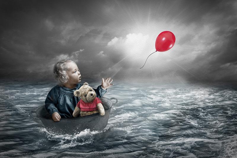 PSA Gold - The Red Balloon - Lynne Morris MPAGB FBPE AFIAP AWPF - Wales